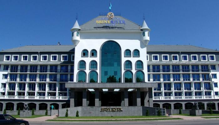 Гостиница Shiny River Hotel